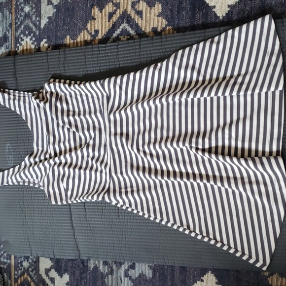 American Eagle Outfitters Dresses & Skirts - American Eagle striped dress